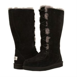 UGG Whitley Lace Up Shearling Boots 9 VGUC